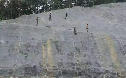 基坑喷浆护坡